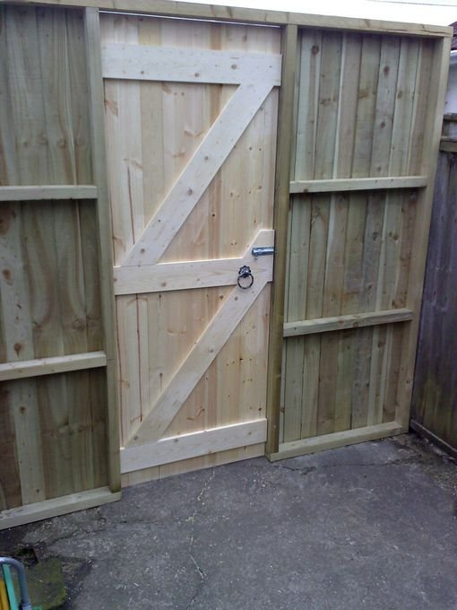 Handyman Wirral Hand made Sidegate and Frame